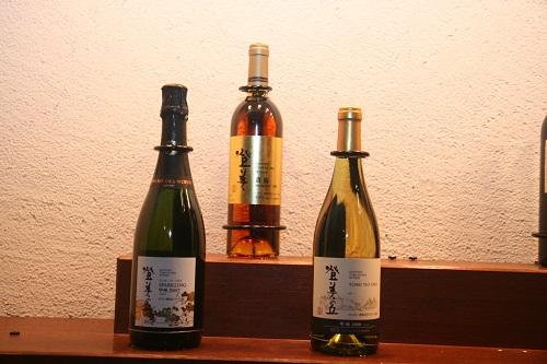 登美の丘ワイナリー瓶