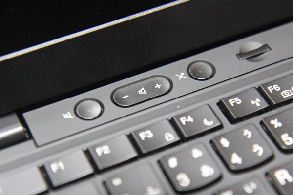 ThinkPad X1 音声ボリュームボタン